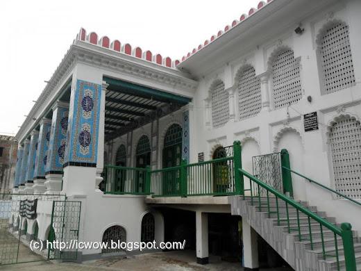 Hoseni Dalan, Dhaka