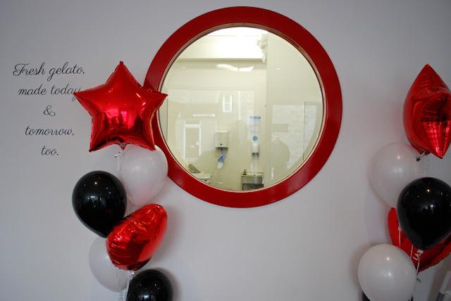 Crolla's gelateria Aberdeen - interior