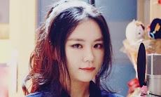 Biodata J Fla Si Yotuber Cantik Peng-cover Nomor Satu di Korea Selatan
