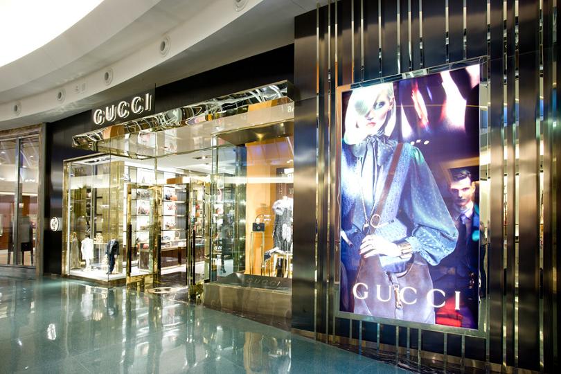 3c2333b34c5 Como é o shopping Mall at Millenia em Orlando