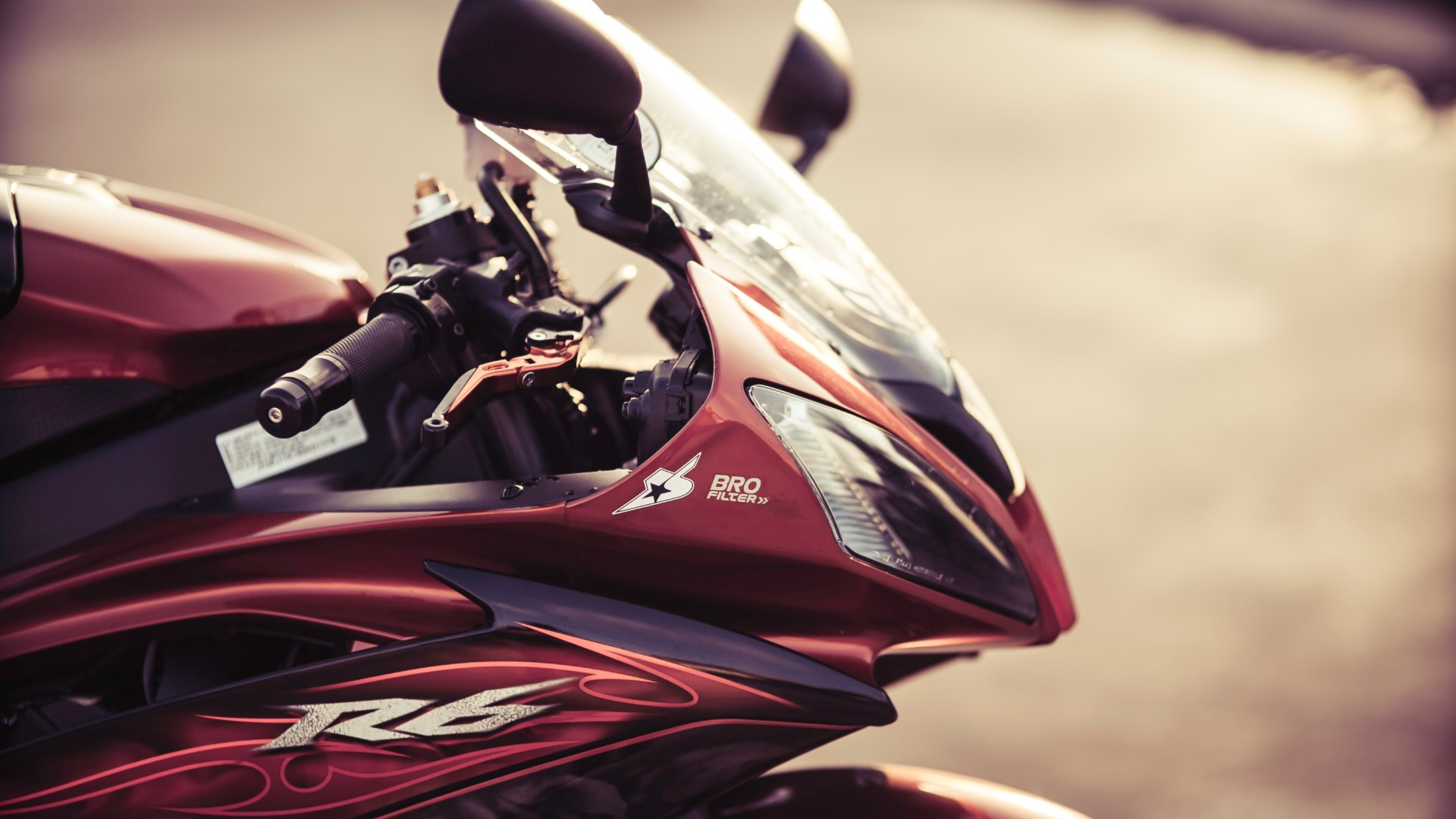 Wallpaper 2: Yamaha R6 Motorcycle