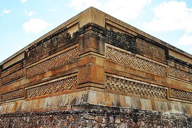 """Το """"παλάτι των Ελλήνων"""" στην Oaxaca του Μεξικού! (βίντεο)"""