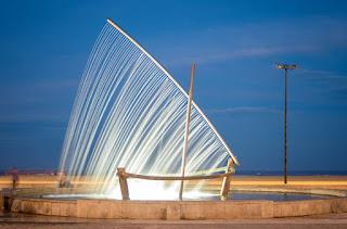 Фонтан «Лодка», Валенсия, Испания © shutterstock