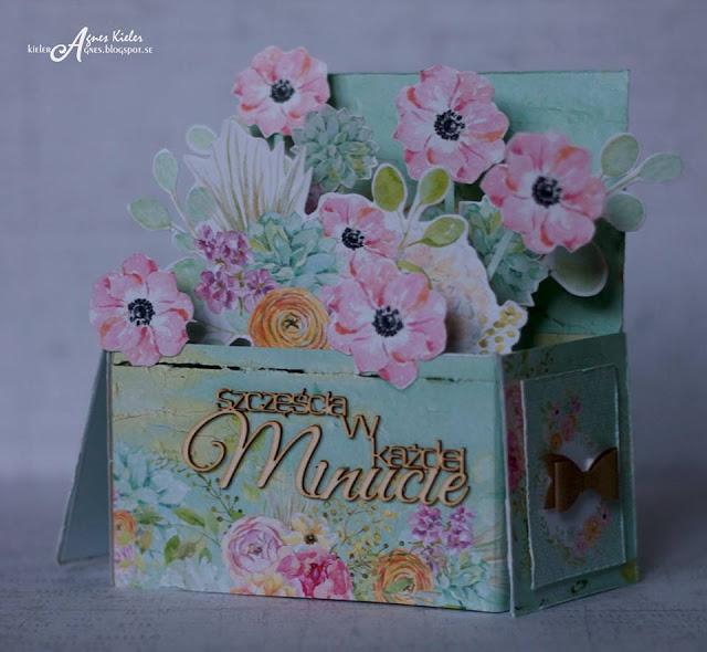 oryginalna kartka pełna kwiatów