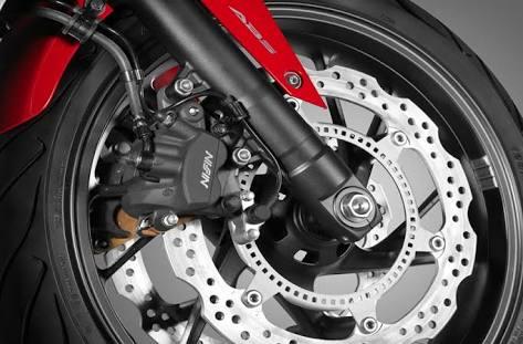 Penyebab rem cakram motor seret dan solusinya