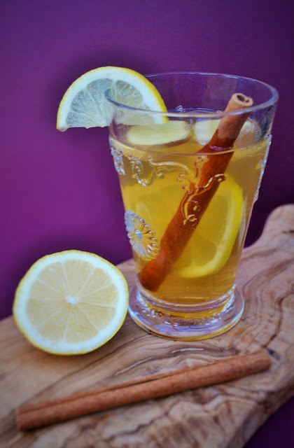 Fresh Ginger and Cinnamon Hot Toddy to Fight of Colds