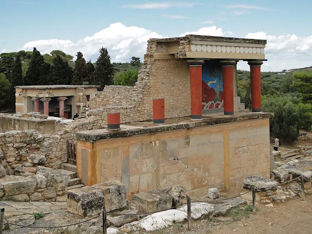 Και όμως η Αρχαία Κνωσός ακμάζει και μετά την κατάρρευση της Εποχής του Χαλκού..!