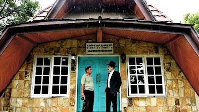 En un remoto rincón del archipiélago de Indonesia, una modesta sinagoga se encuentra en una pequeña comunidad judía que ha encontrado aceptación pesar del aumento de la intolerancia en el país de mayoría musulmana más poblada del mundo.