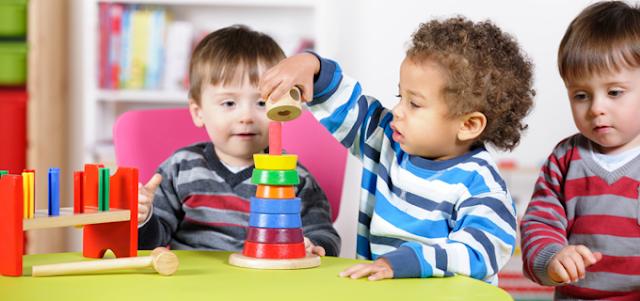 تنمية قدرات الطفل باللعب