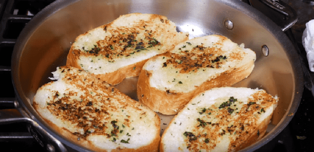 How-to-make-garlic-bread-without-oven