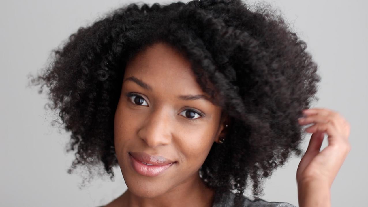 10 coiffures protectrices à adopter pendant l'été