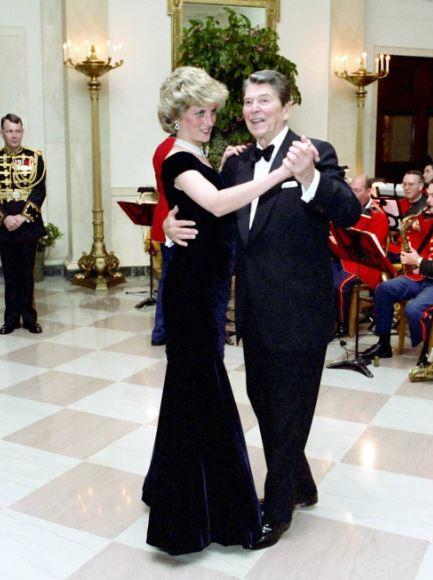 Diana e Ronald Reagan