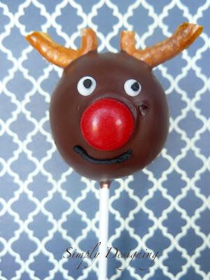 reindeer donut pops 03a Donut Hole Reindeer Pops 41