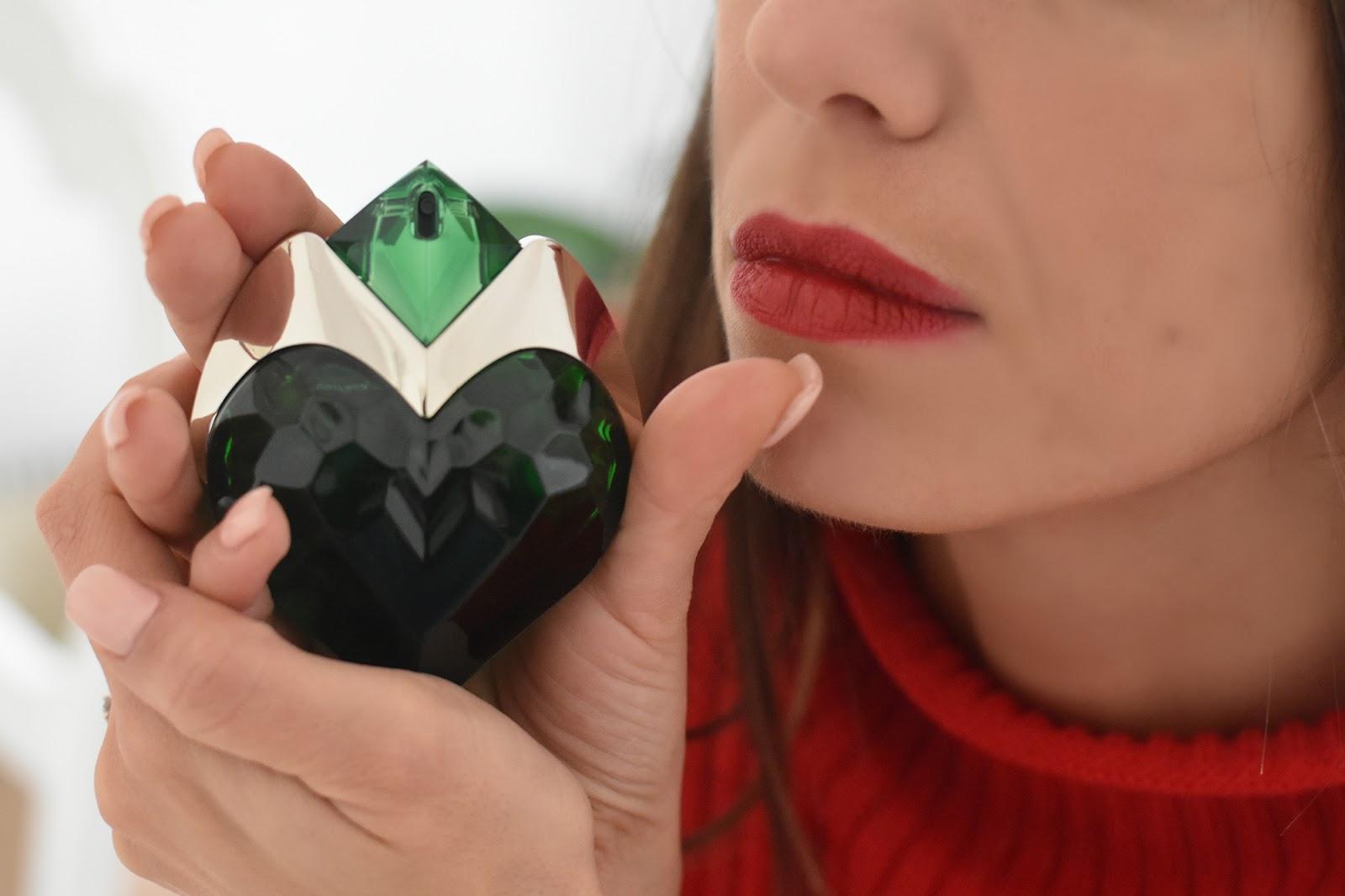 packaging cuore aura mugler