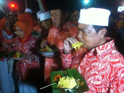 Pesta Rakyat Majapahitan, Walikota Jamu Ribuan Warga