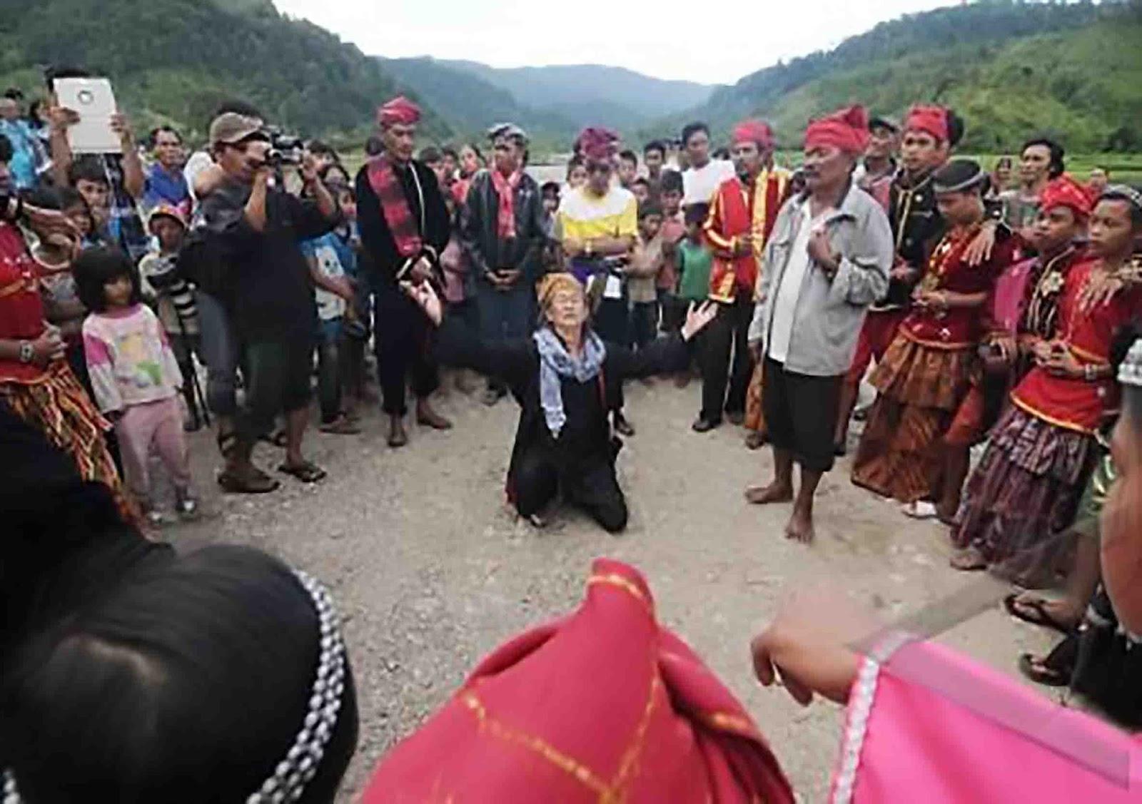 Tari Raigo dari Sulawesi Tengah