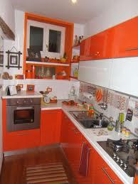Cocinas en color naranja colores en casa - Cocinas naranjas y blancas ...