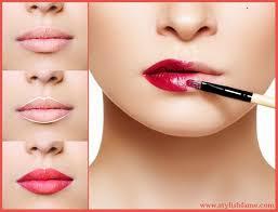 Tips pemakaian lipstik utk bibir kering!