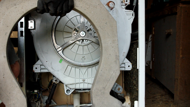 Convert a broken washing machine to Pedal Power - removal