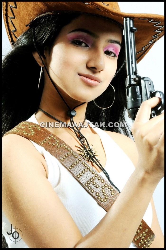 Hot Bollywood Actress: Leema Latest Hot Photo Shoot Stills Pics