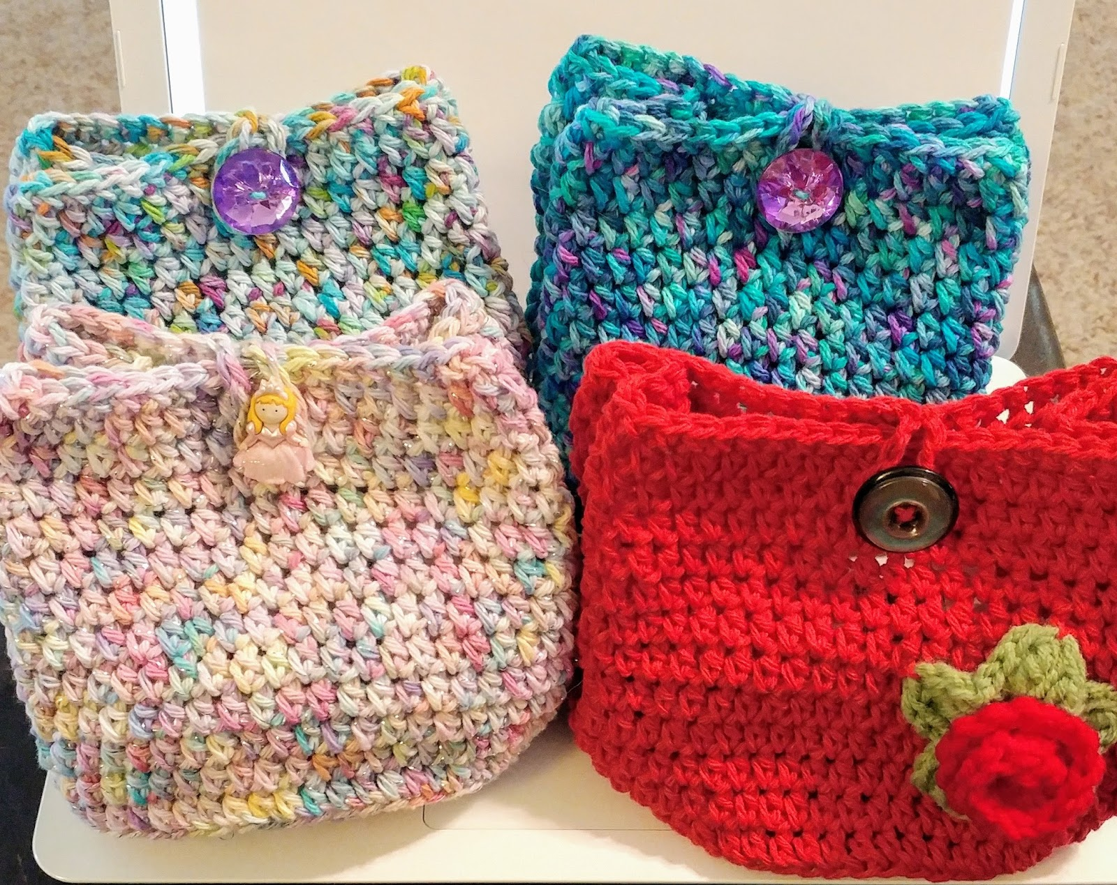 National Crochet Month Cake Cozy Yarn Bag and Free Pattern!