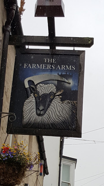 the-farmers-arms, pub-sign, st-davids, wales