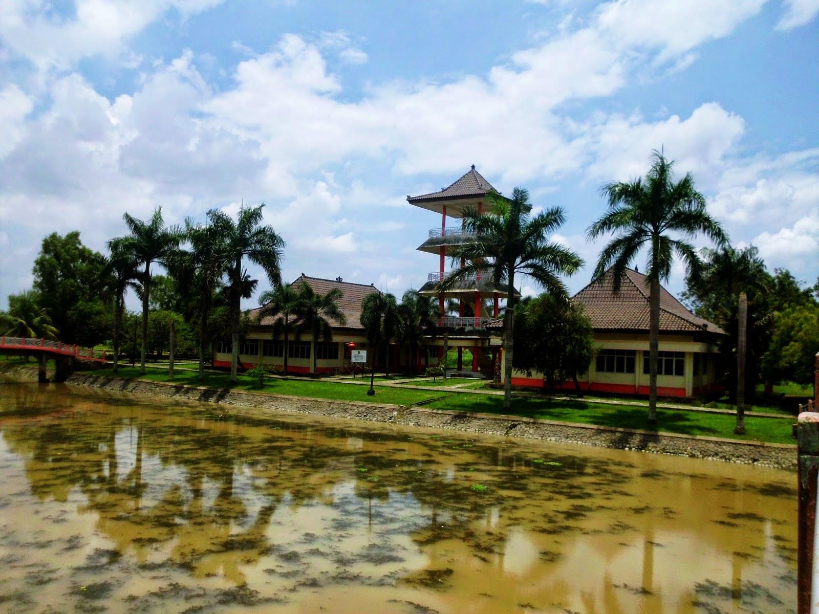 Image result for taman purbakala kerajaan sriwijaya