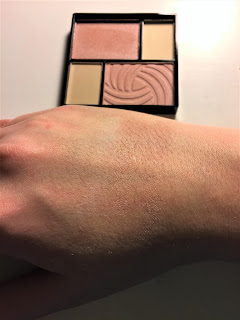 The Color Workshop Fashion Palace highlighter swatch