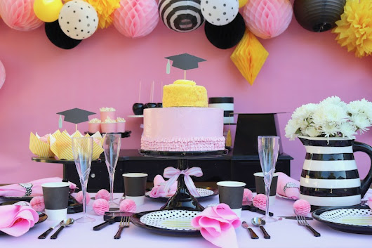 LAURA'S little PARTY: Easy Graduation party ideas to celebrate the new Grad!