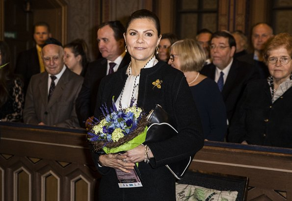 Commemorative ceremony at The Great Synagogue of Stockholm.