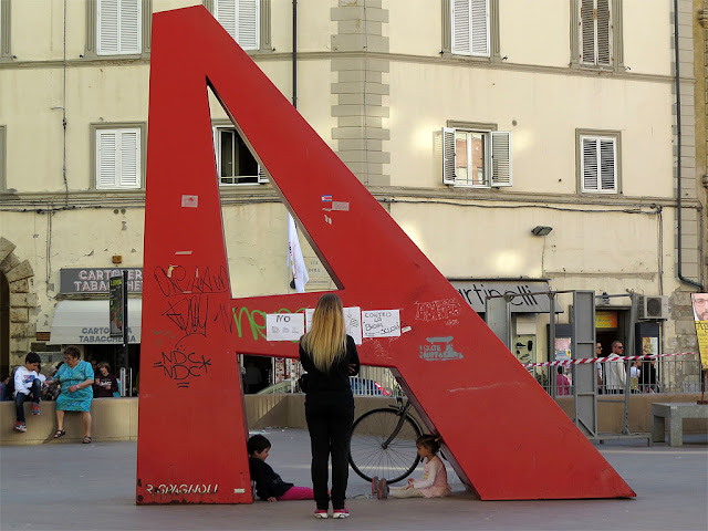Under the A, piazza Attias, Livorno
