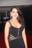Madhu Shalini in a Glamorous Deep neck Black Sleeveless Dress at Mirchi Music Awards South 2017 ~  Exclusive Celebrities Galleries 042.JPG