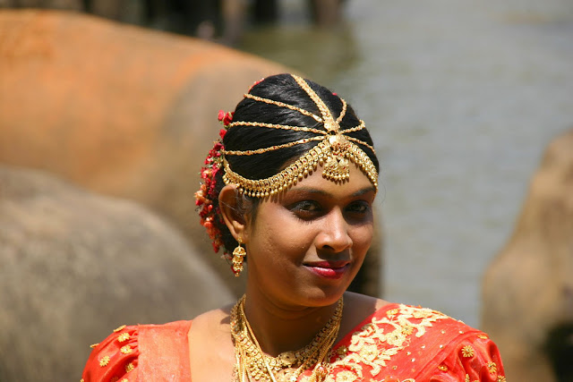 Traditional Sri Lankan wedding jewelry
