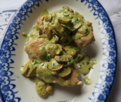 Chicken with a Pesto & Mushroom Sauce