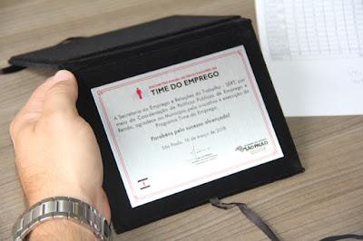 Registro-SP é premiado por cumprir meta do Time do Emprego