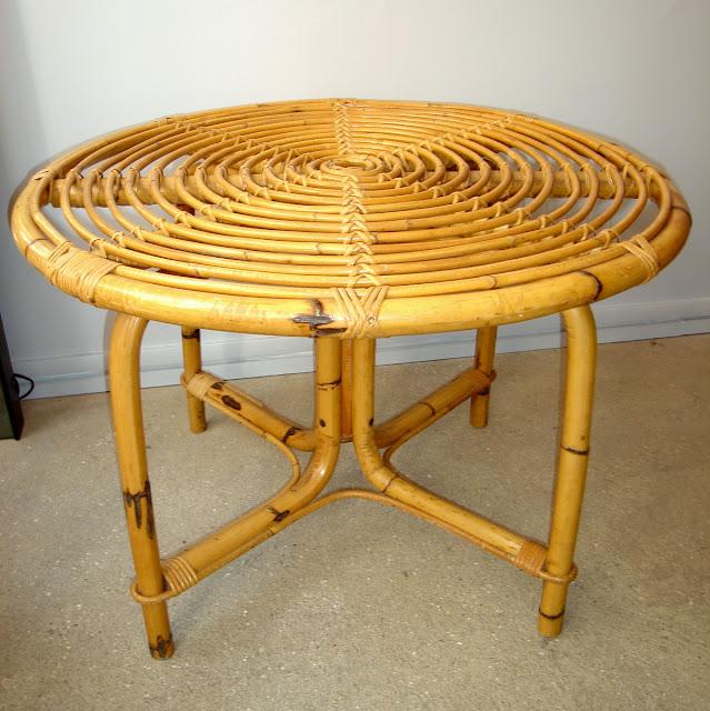 vintage chic paris acheter une table basse vintage. Black Bedroom Furniture Sets. Home Design Ideas