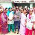 डीएसपी निर्मला कुमारी ने महिलाओं को ठोंगा बनाने का दिया प्रशिक्षण