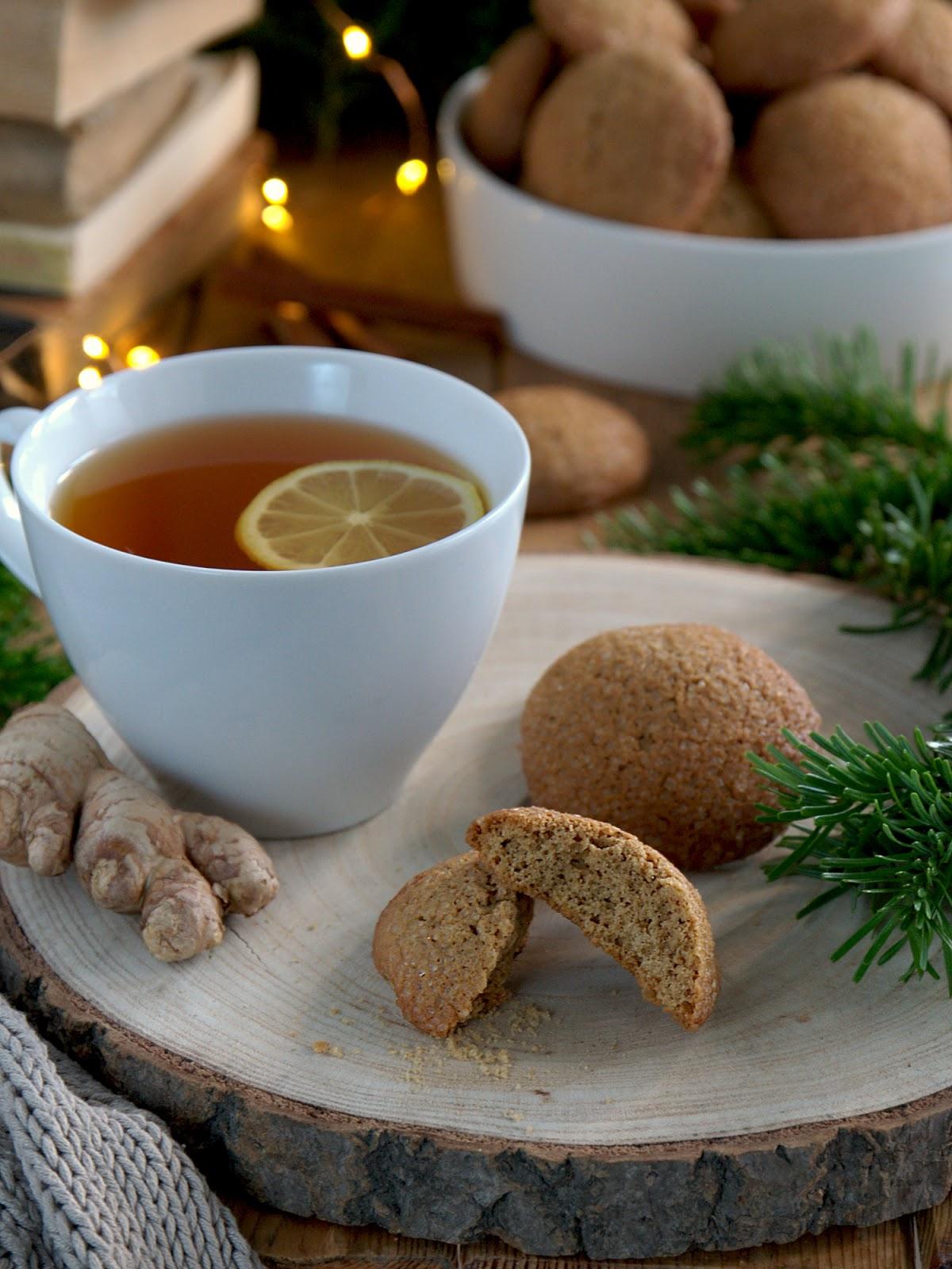 Ciastka z imbirem i cynamonem na jesień i zimę.