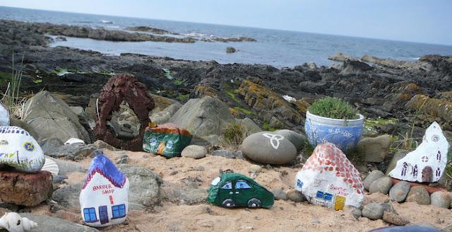 Image result for πώς να βάψετε τις πέτρες από την παραλία