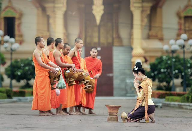 Thái Lan là địa điểm du lịch nổi tiếng thân thiện với rất nhiều nét văn hóa độc đáo. Tuy vậy, bạn có thể vô tình trở thành vị khách bất lịch sự nếu chưa biết 10 điều dưới đây.