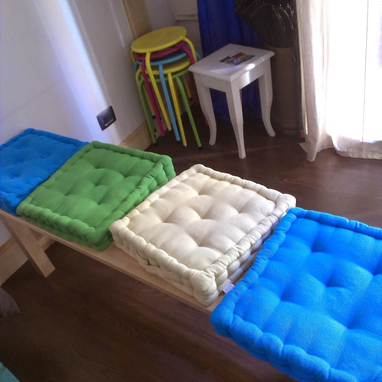 Cuscini per divani e da arredamento artigiano materassi for Cuscini materasso arredo