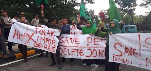 Data Beras Semrawut, Petani Bisa Ogah Pilih Jokowi