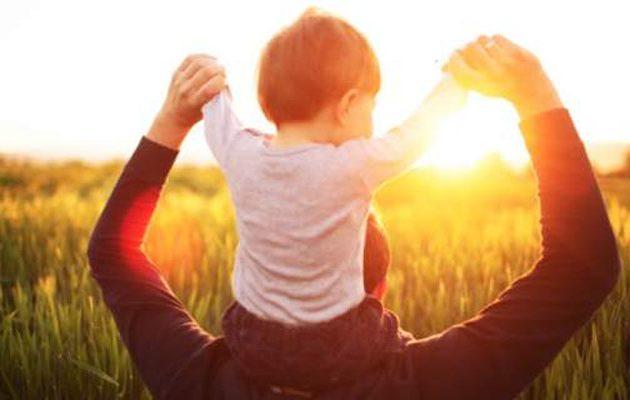 Το DNA «ευθύνεται» για το πότε θα κάνουμε το πρώτο μας παιδί