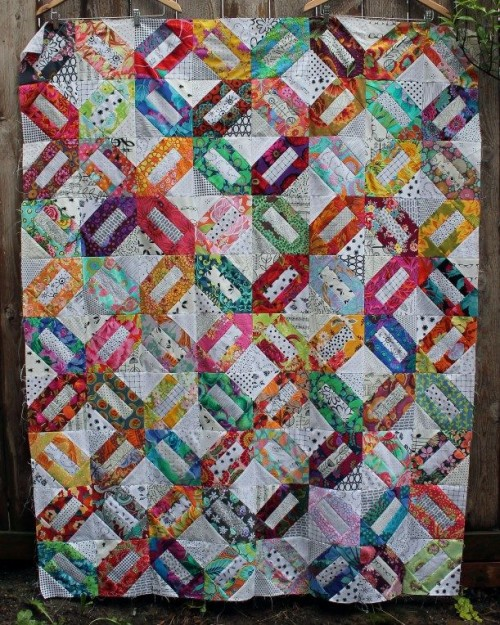 Floral Crackers Quilt - Tutorial