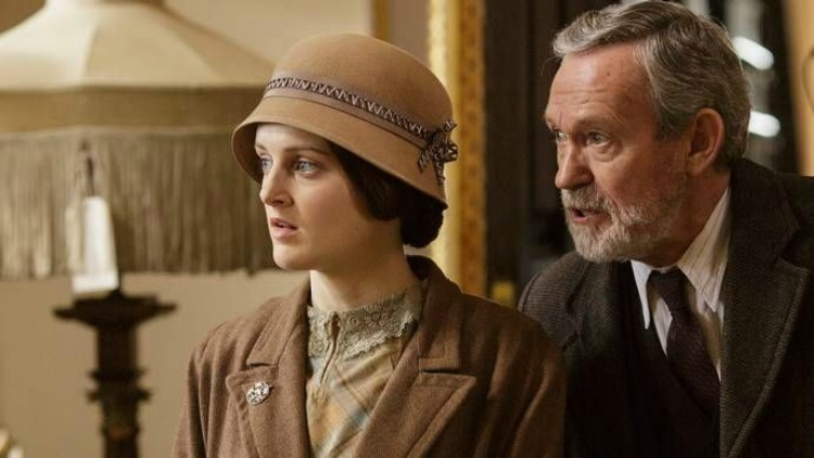 A Vintage Nerd, Downton Abbey Final Season, Must See TV, Period TV Shows