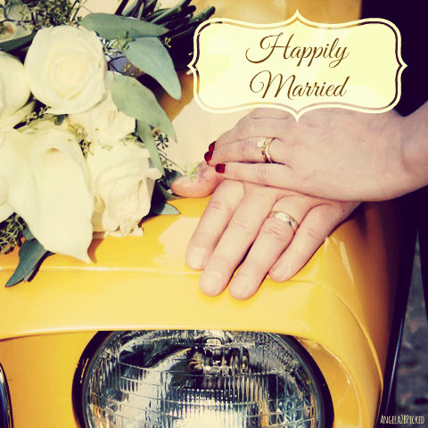 Angela2BPecked: Happily Married