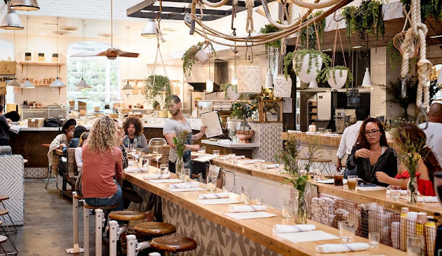 Restaurante The Butcher's Daughter em Los Angeles