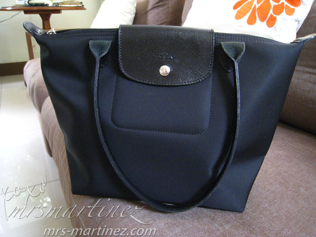 3c54eba79a *Longchamp Planètes Shopping Tote with Long Handle in black HK$ 990 (US$  155)