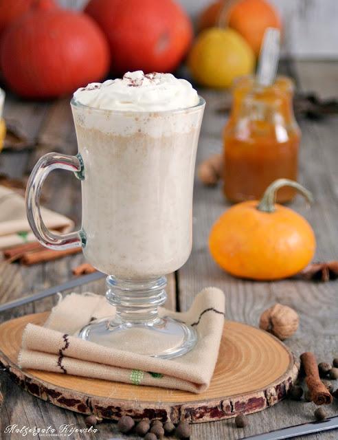 Mleczny napój a'la dyniowe latte