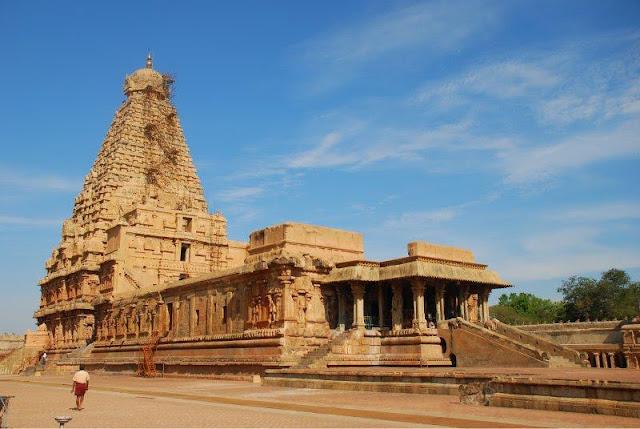 Bruhadeshwar mandir - బృహదీశ్వరాలయం